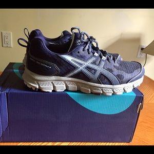BNWOT ASICS running sneakers